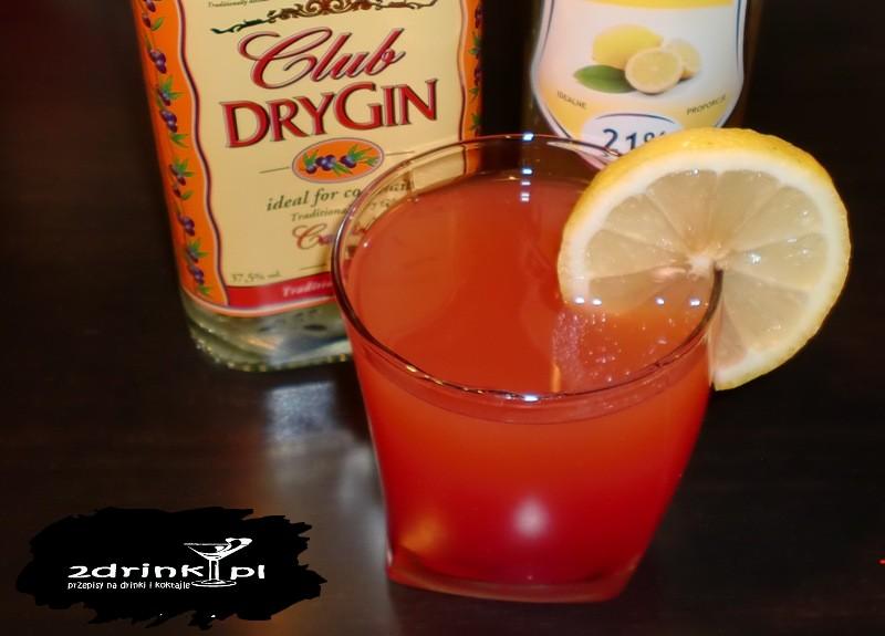 Czerwony drink słodko-gorzki