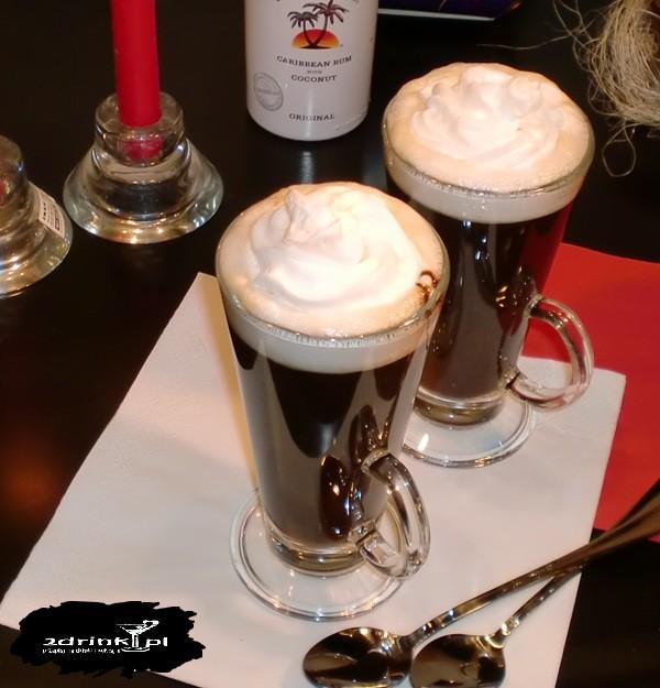 Karaibska kawa z rumem i malibu