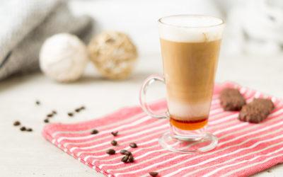 Zimowa Cafe Latte z miodem i imbirem