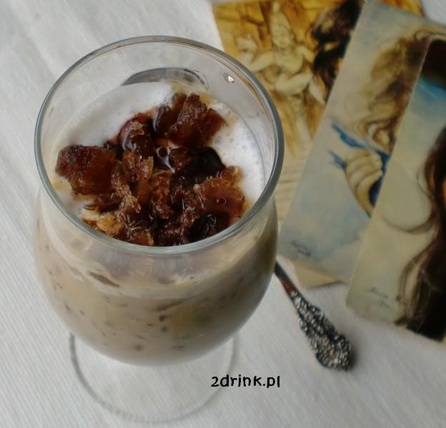Karmelowa kawa mrożona