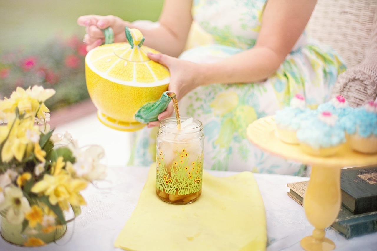 Herbaciane porady: Ile minut parzyć herbatę?