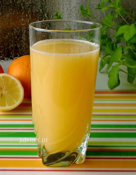 Na kaca: napój cytrusowy