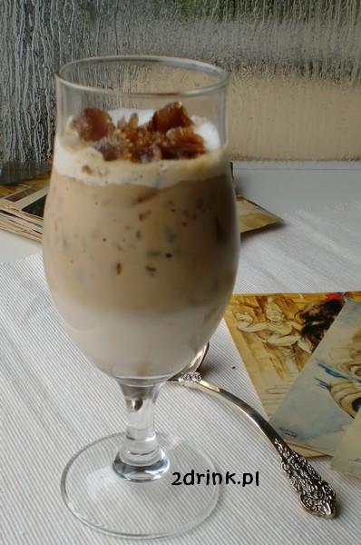 Karmelowa kawa mrozona