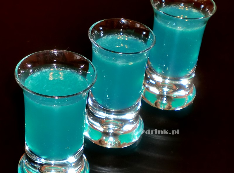 Ananasowe Blue Kamikaze