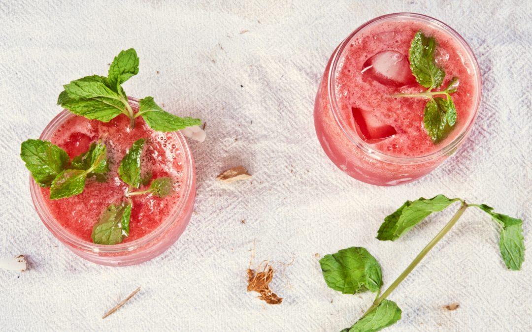 Drinki na Sylwestra – 10 prostych drinków z rumu