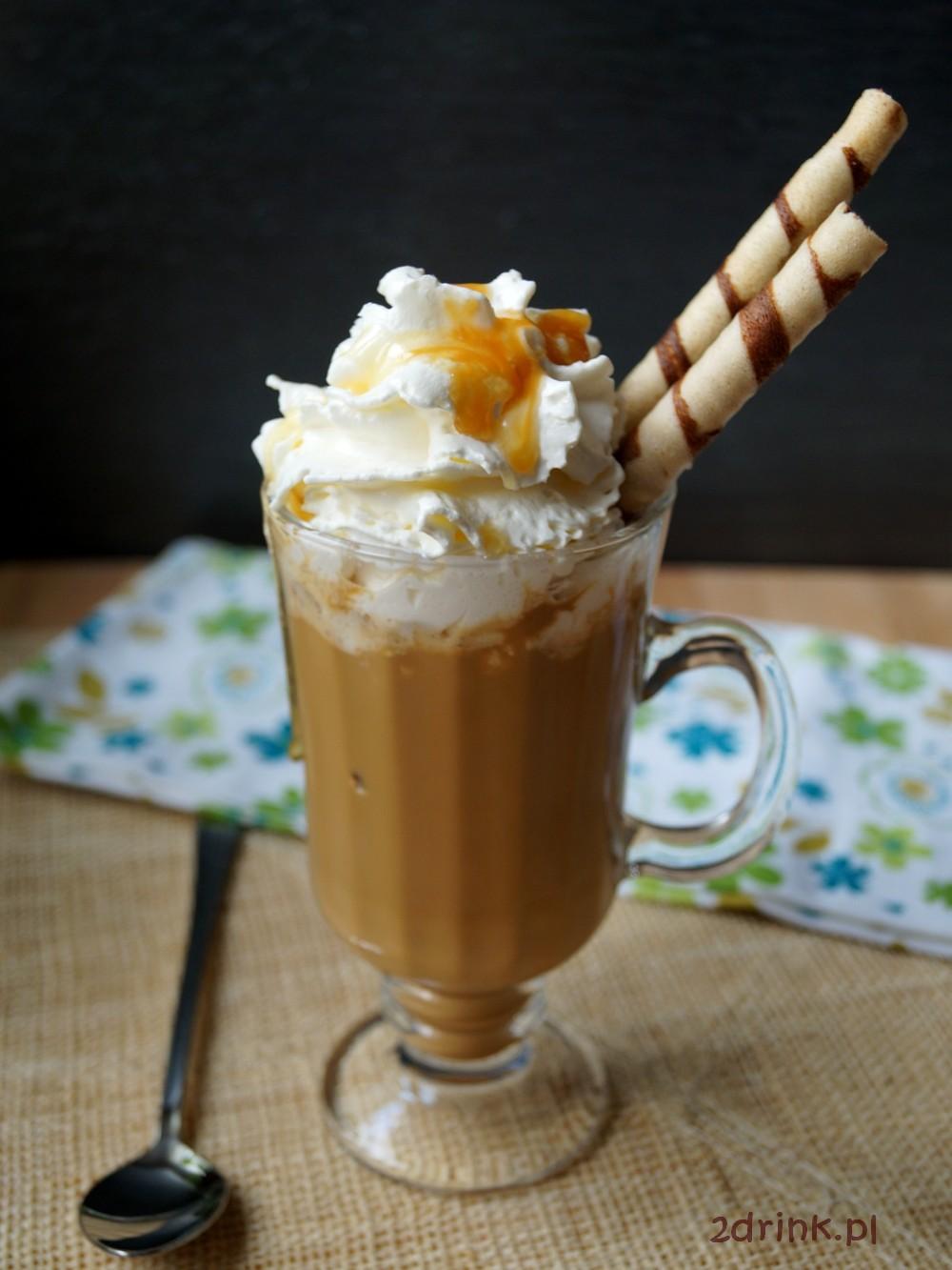 Shake kawowy z karmelem i mlekiem sojowym
