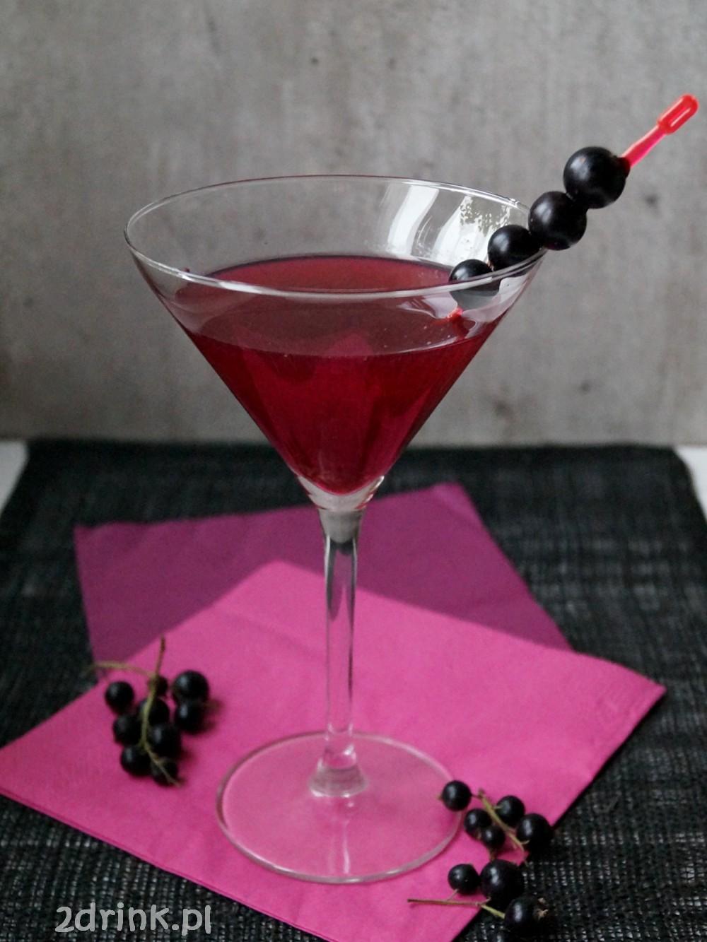 Martini z czarną porzeczką