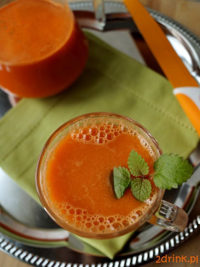 sok z marchewki i pietruszki