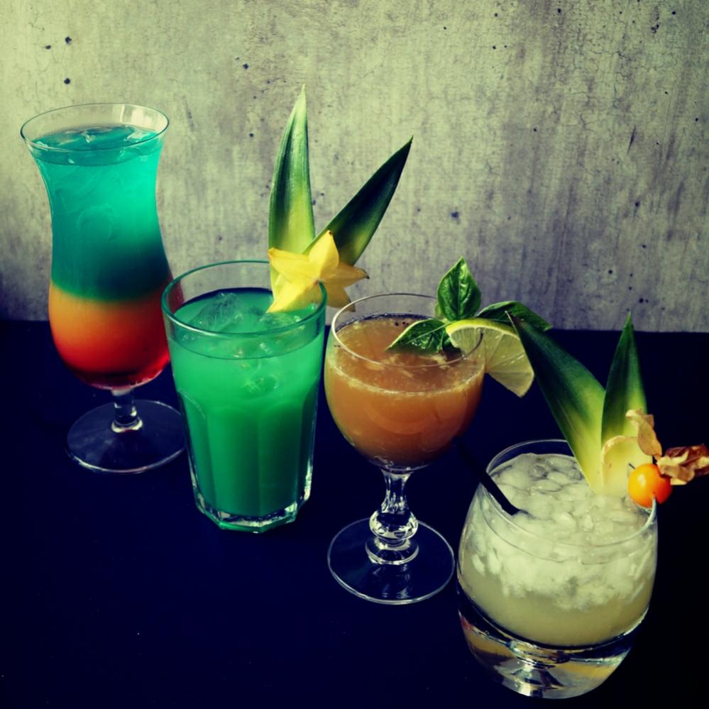 Sylwestrowy poradnik: 5 sposobów na drinki jak z barów