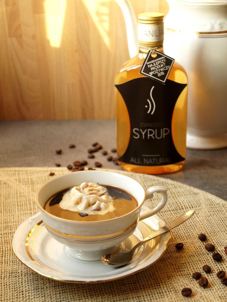 kawa waniliowo-orzechowa