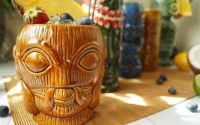 Tiki mugs (kubki tiki) – co to jest i skąd się wzięły? [HISTORIA, INSPIRACJE]