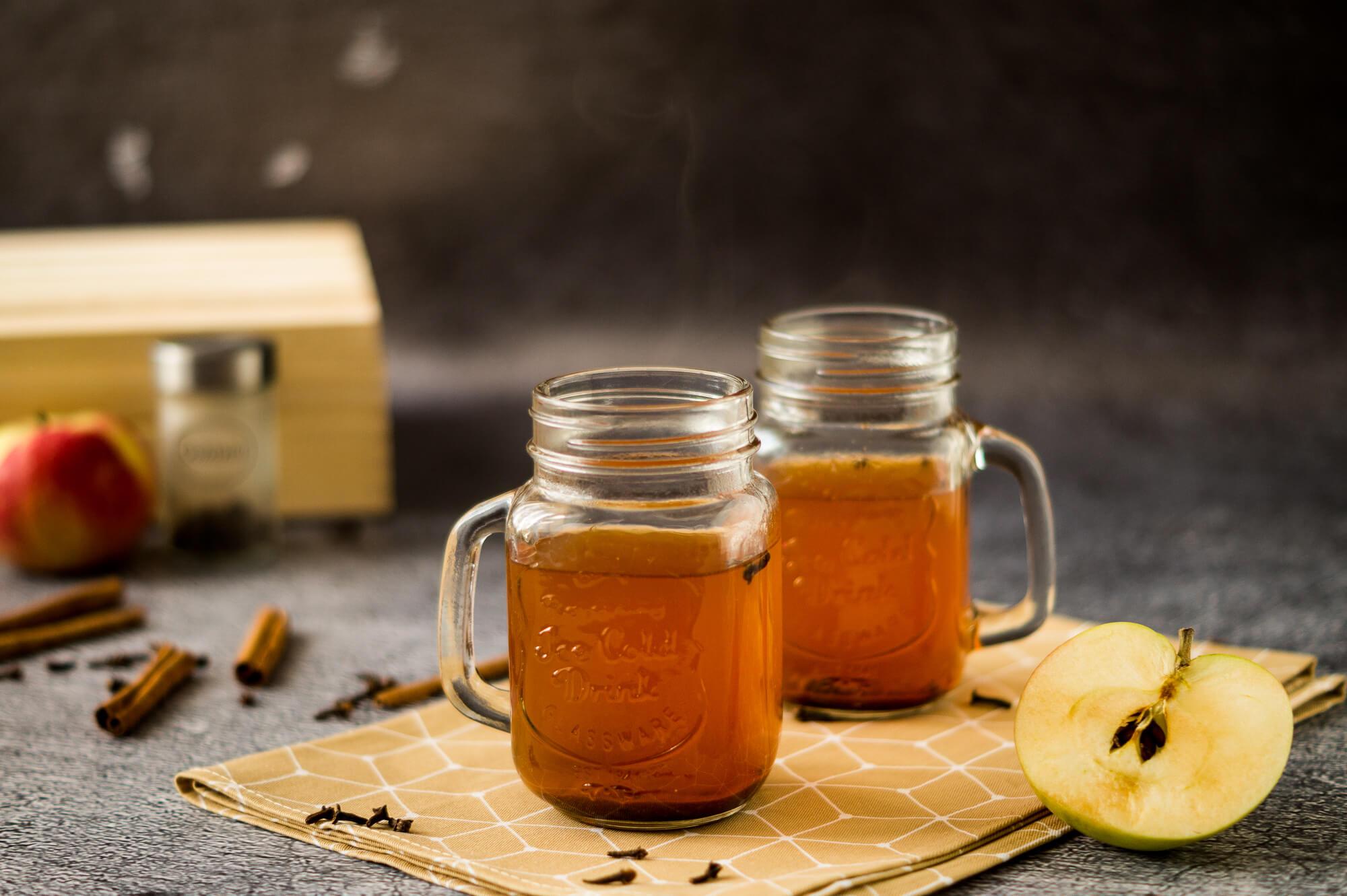 Jabłkowy grzaniec bezalkoholowy